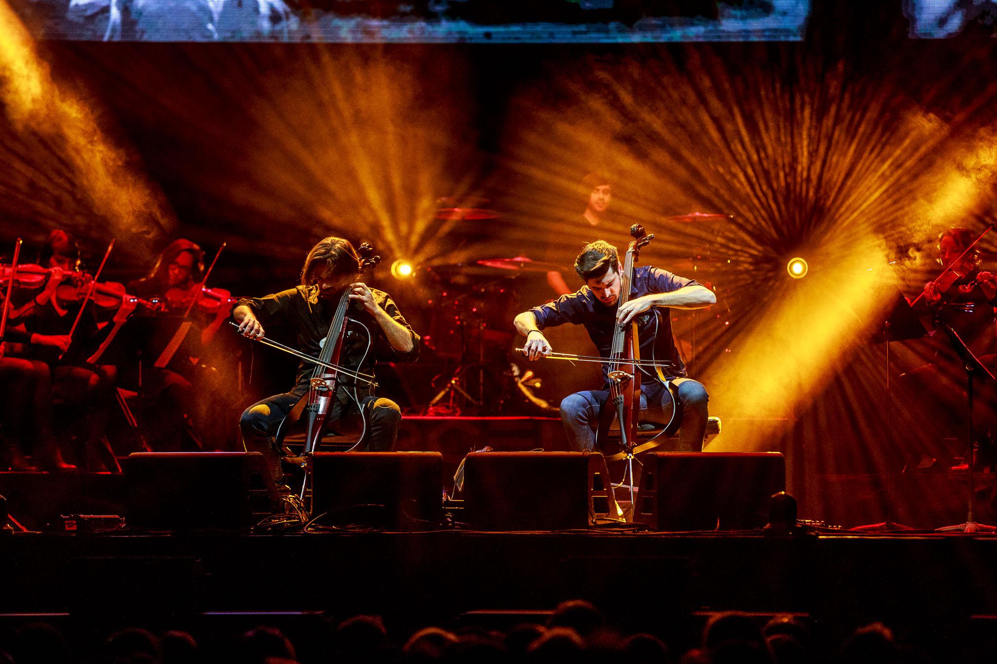 2 Cellos-9.jpg