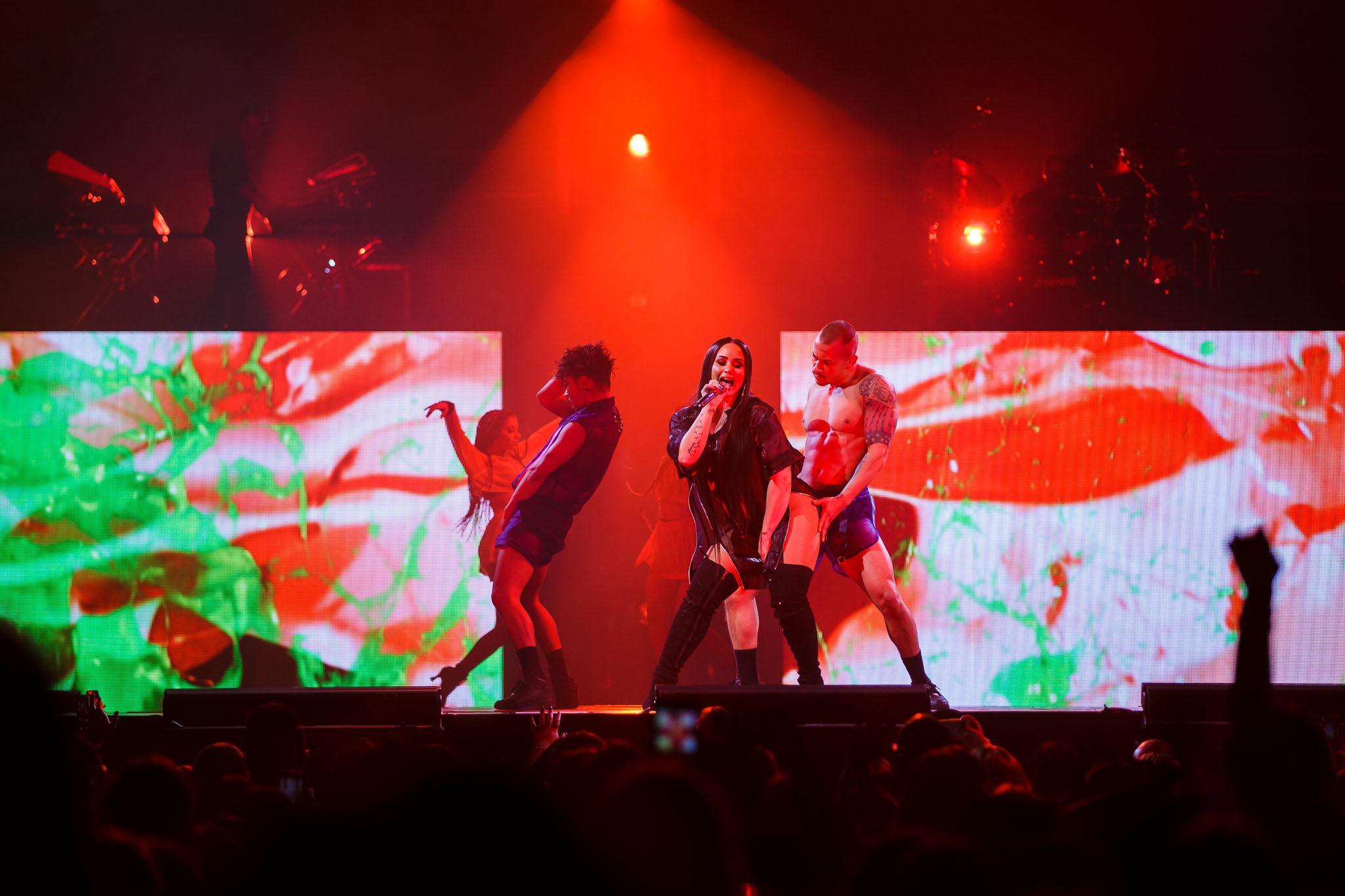 Demi Lovato-10.jpg