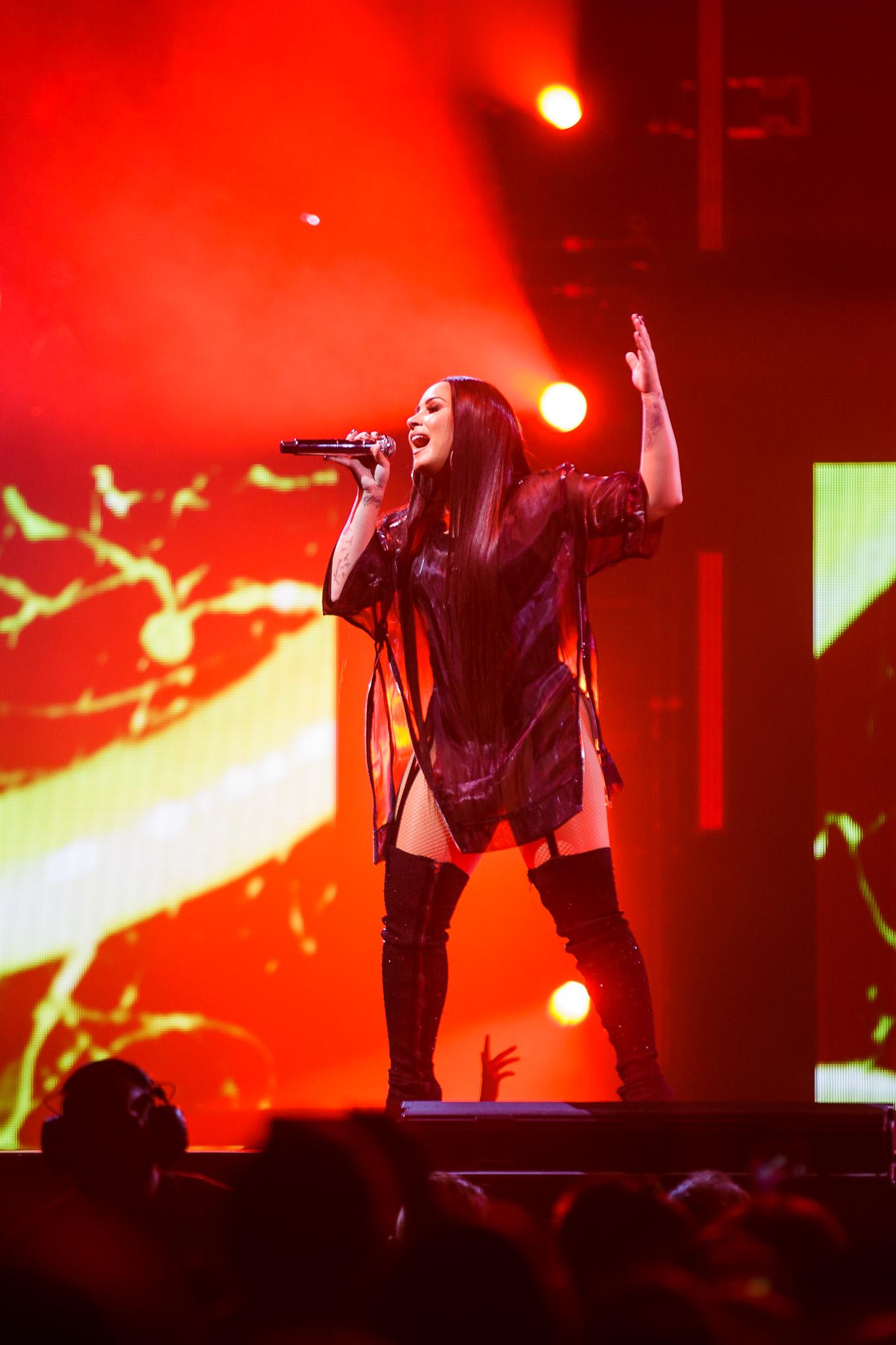 Demi Lovato-9.jpg