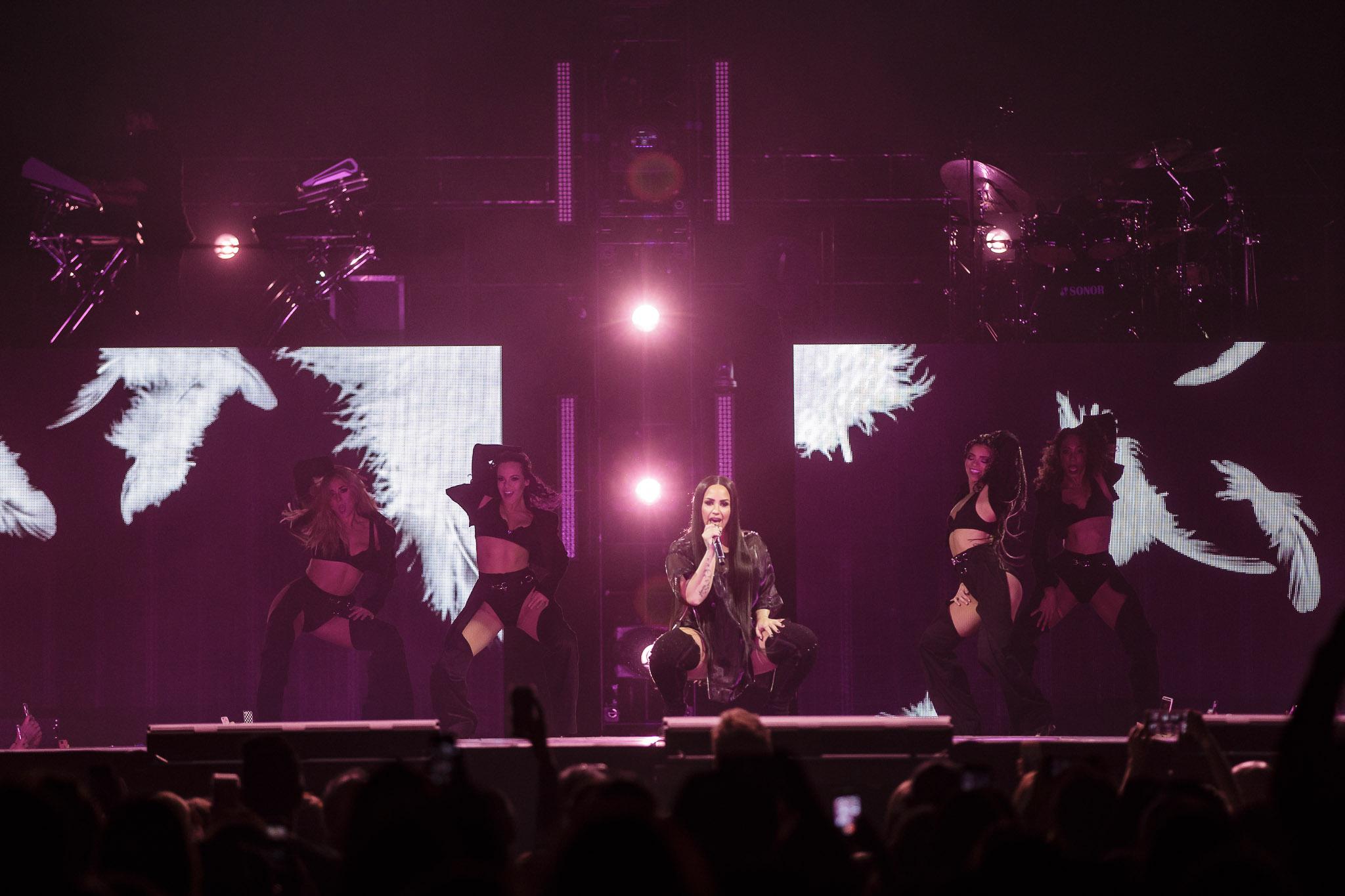 Demi Lovato-5.jpg