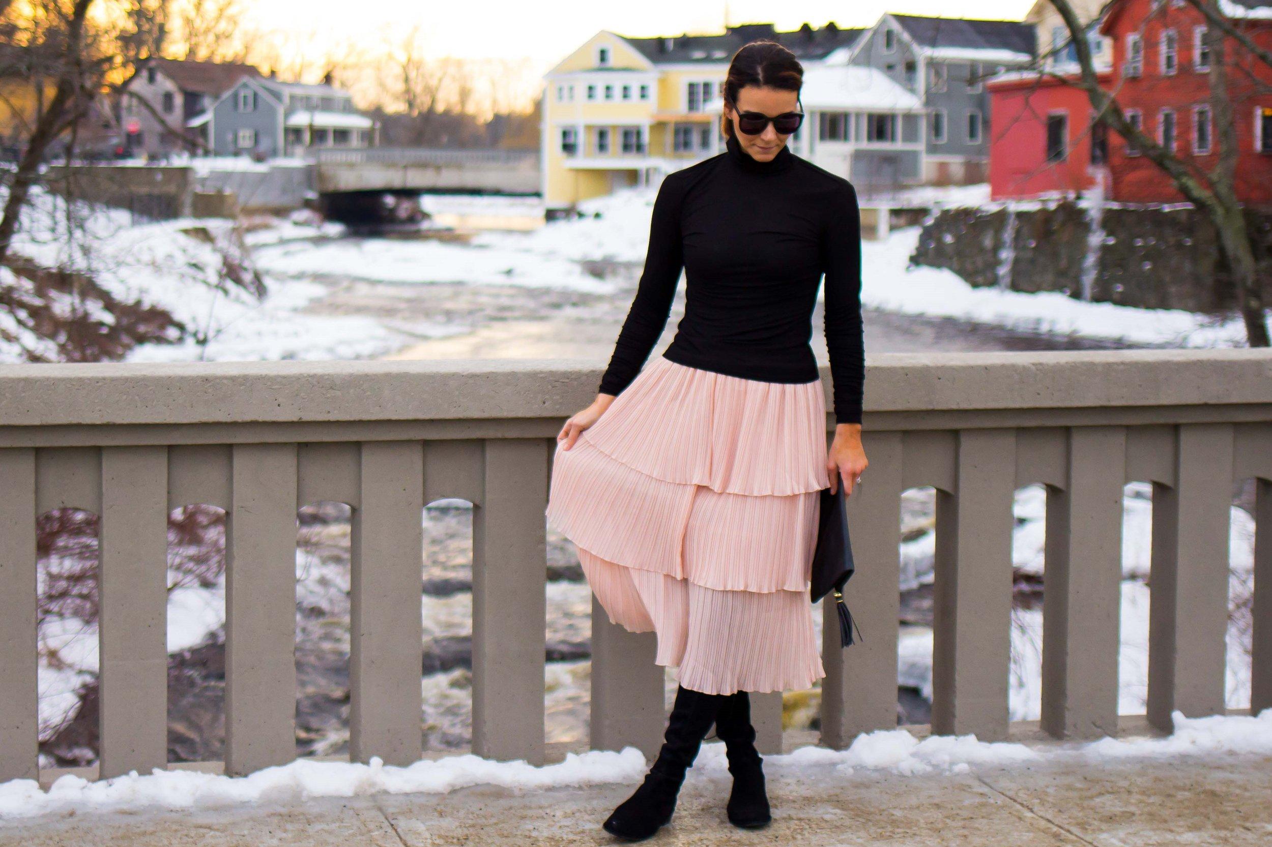 Midi Skirt Outfits - Tiered Skirt Outfits -Ruffle Midi Skirt Outfits - Nude Skirt Outfits - Blush Skirt Outfits - Weekend Outfits - Casual Outfits for Women - OTK Boot Outfits - Over the Knee Boot Outfits - Work Outfits for Women - Fashion for Women -  heartandseam.com  #heartandseam
