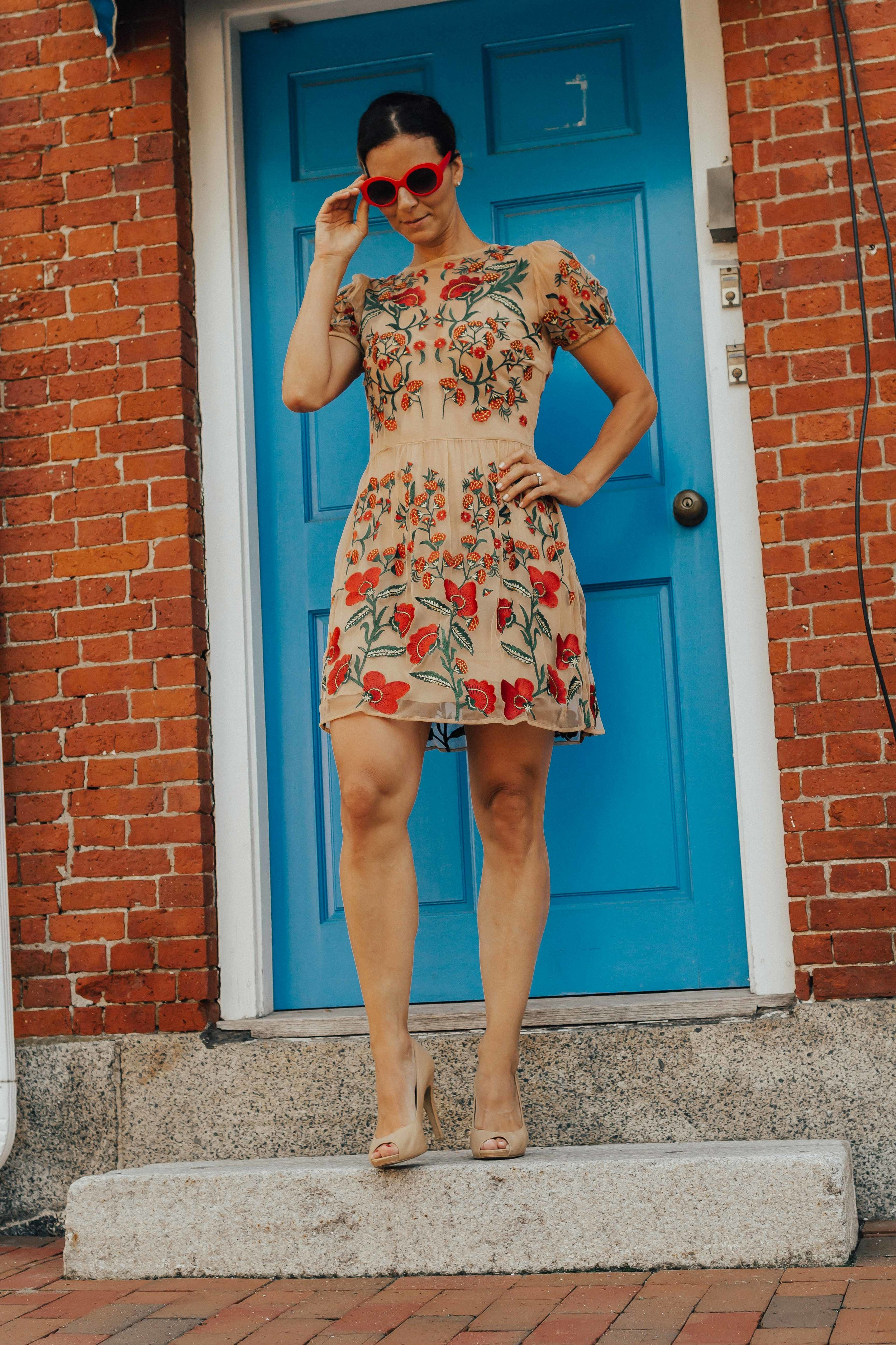 OUTFIT DETAILS - FLORAL TULLE DRESSNUDE HEELS (similar)RED SUNGLASSES (similar)