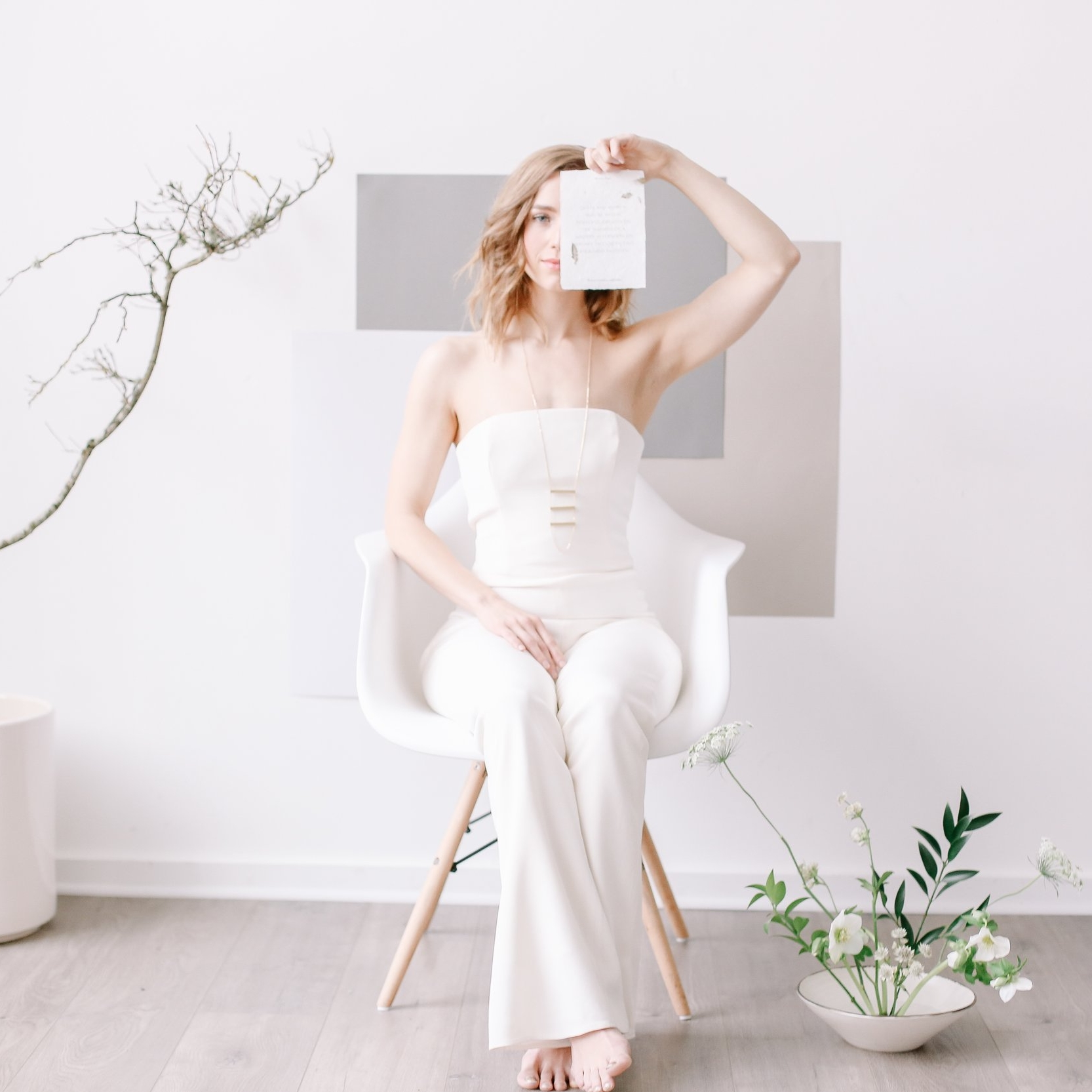 Minimalist Wedding Inspiration at the Light Room PDX -