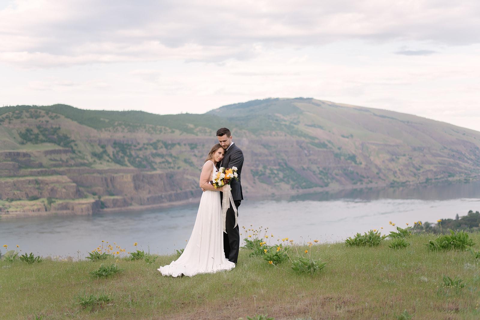kamea_events_wedding_planner_portland_DeusAmor07.jpg