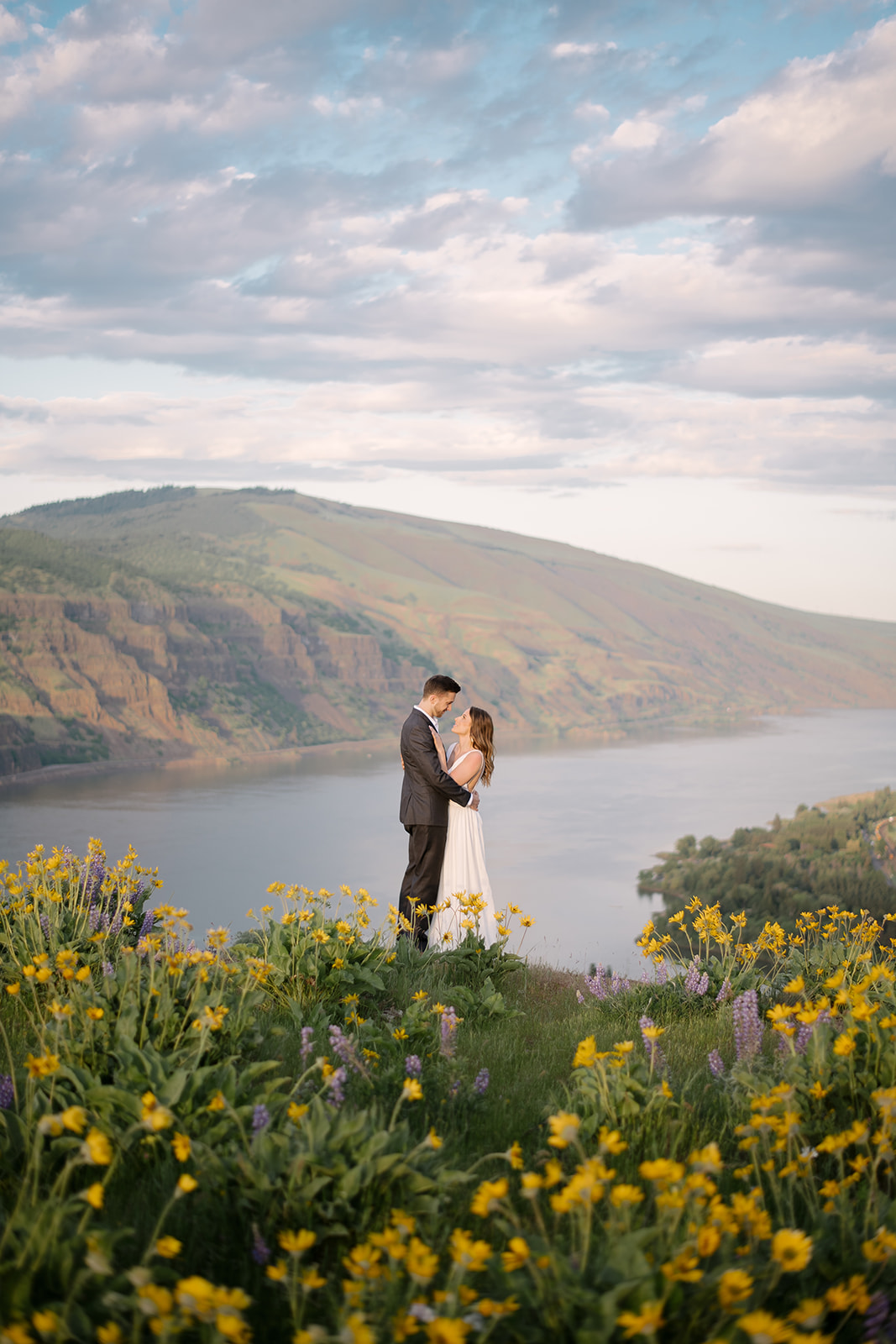 kamea_events_wedding_planner_portland_DeusAmor77.jpg