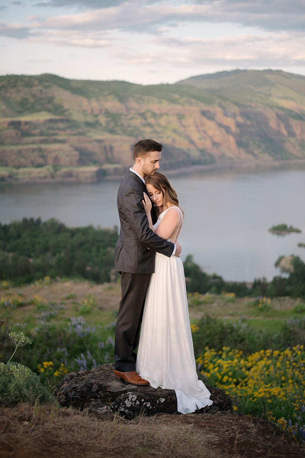 kamea_events_wedding_planner_portland_DeusAmor80.jpg