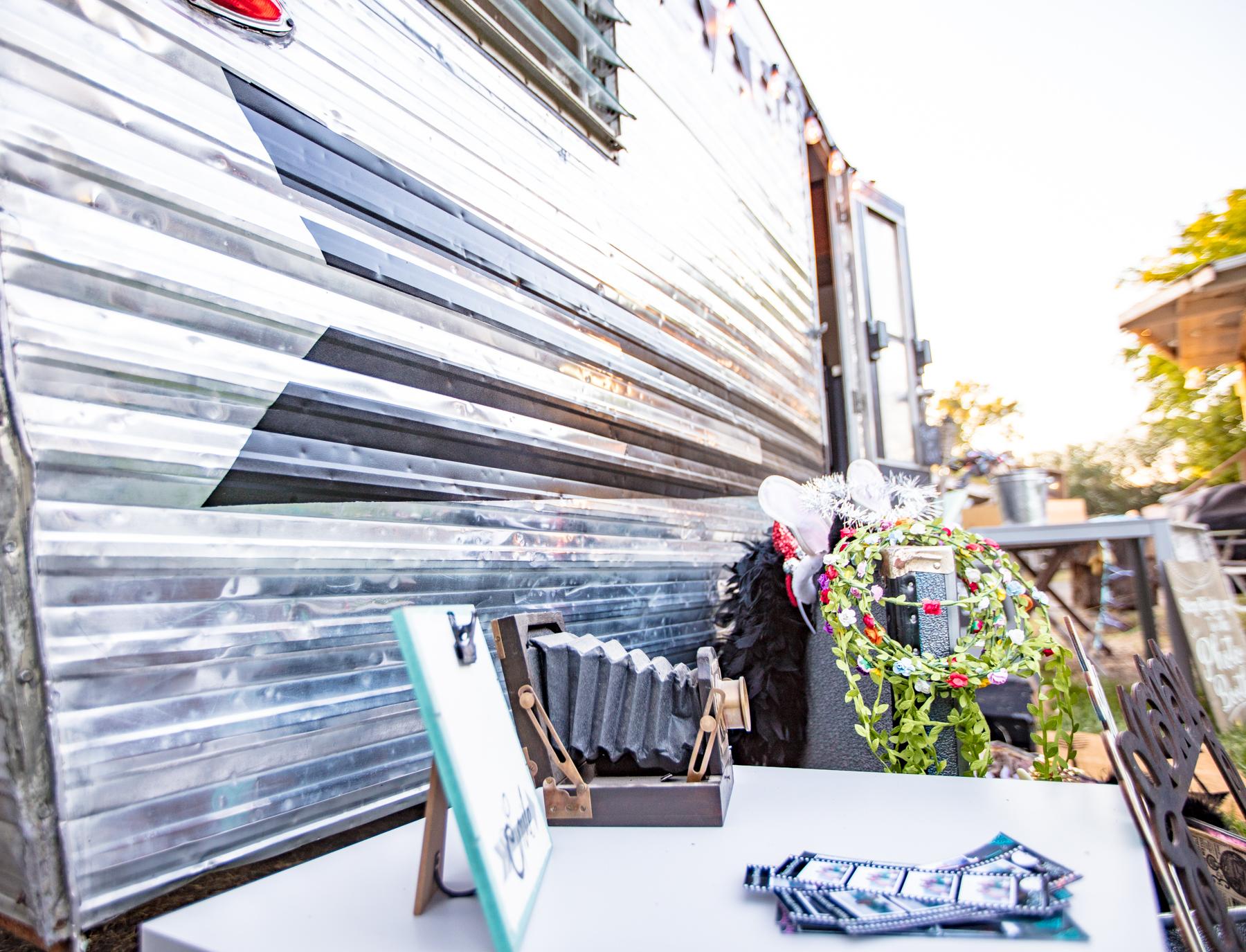 pop up Boutique, photo shoot prop, event lounge -
