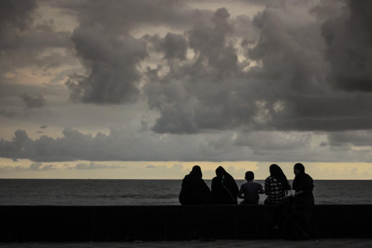 Worli Seaface, June 2013