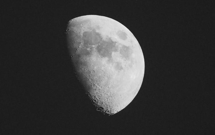 The Moon - Madrid