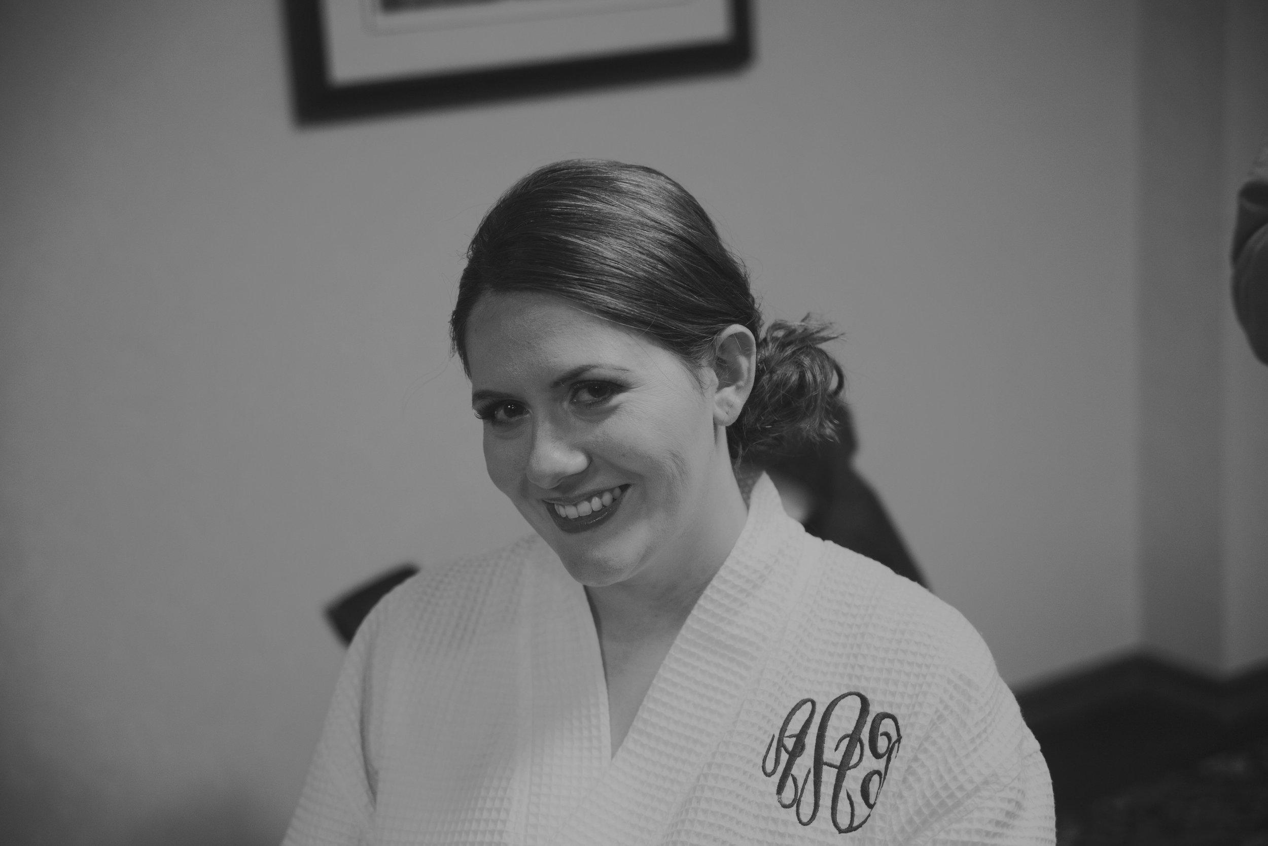 Amy John Wedding-Getting Ready-0058.jpg