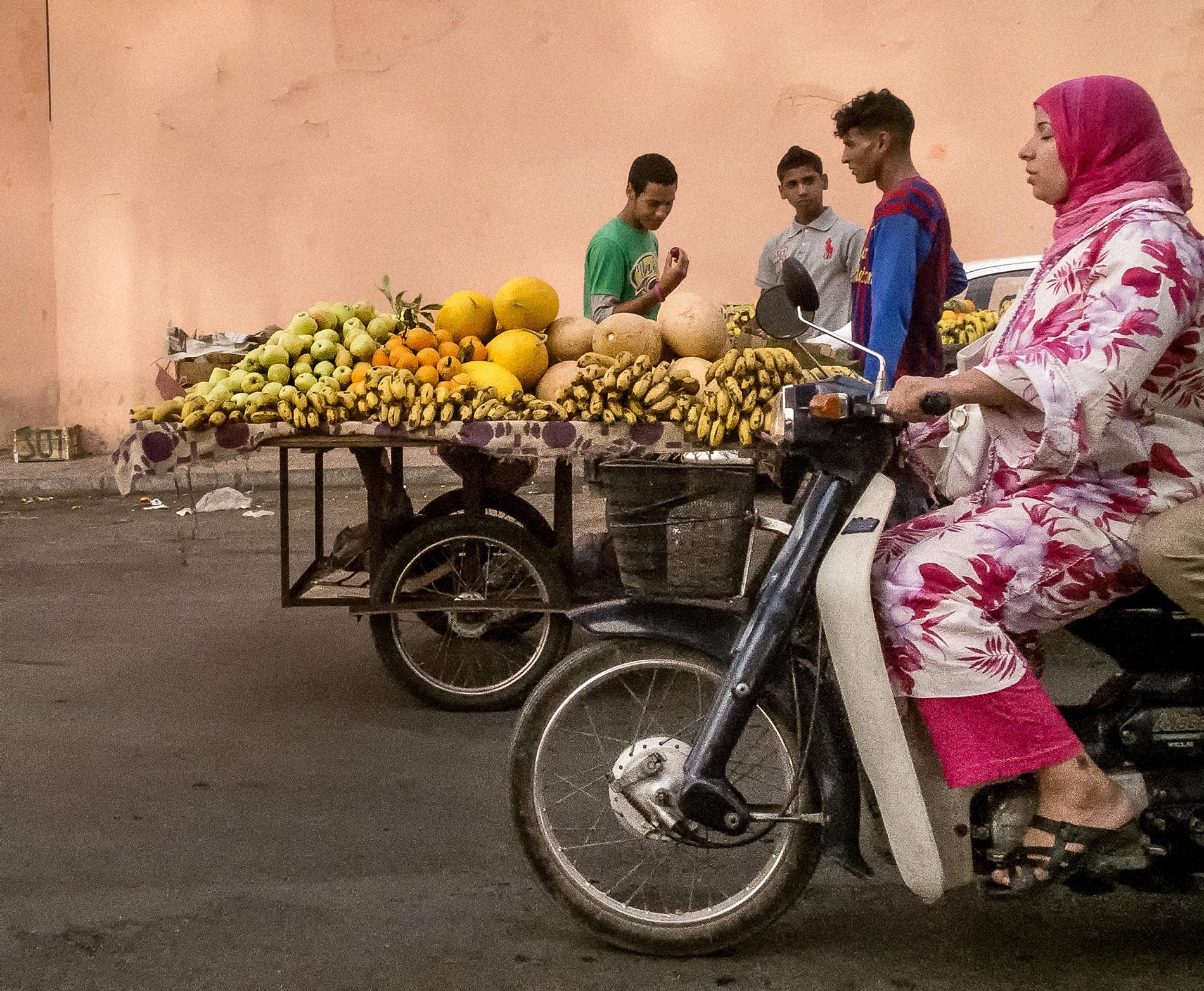 Moped woman - Marrakech