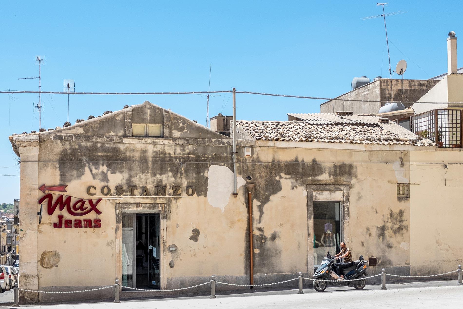 Max Jeans - Noto, Sicily