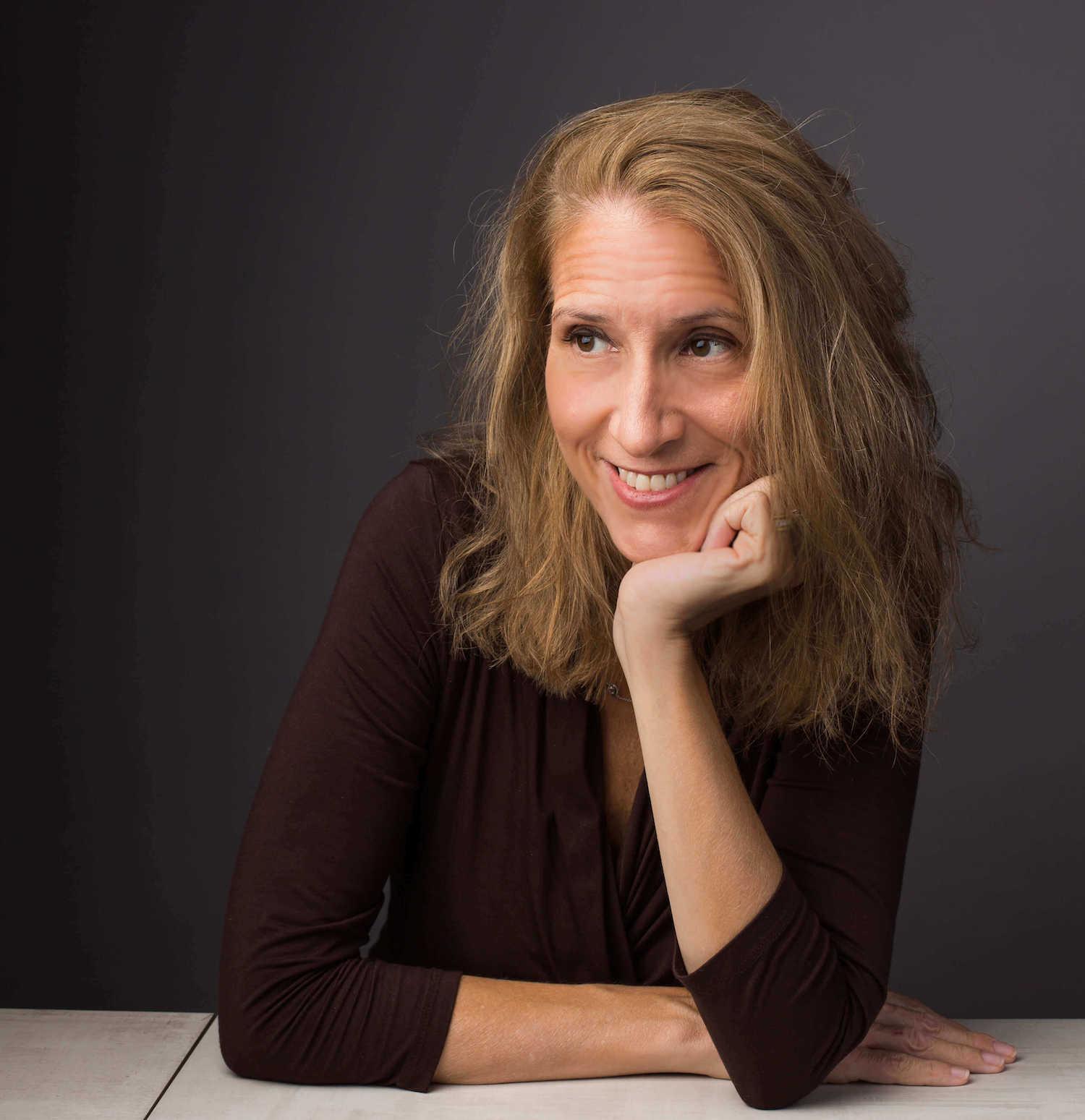 About Catherine Sanderson   Speaker, Professor, Author