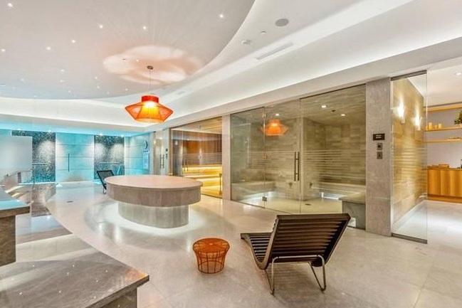 Spa & Sauna - #wellness #spa #sauna #steamroom #relaxationarea #whirlpool #hotcoldplunge #hammam #lockerroom