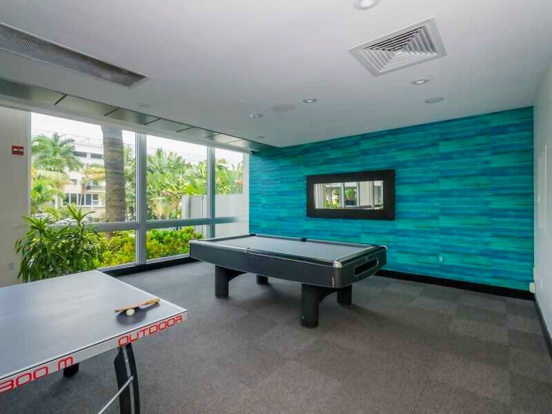game-room-mirador-1000_lipstickandchicspaces.com.jpg