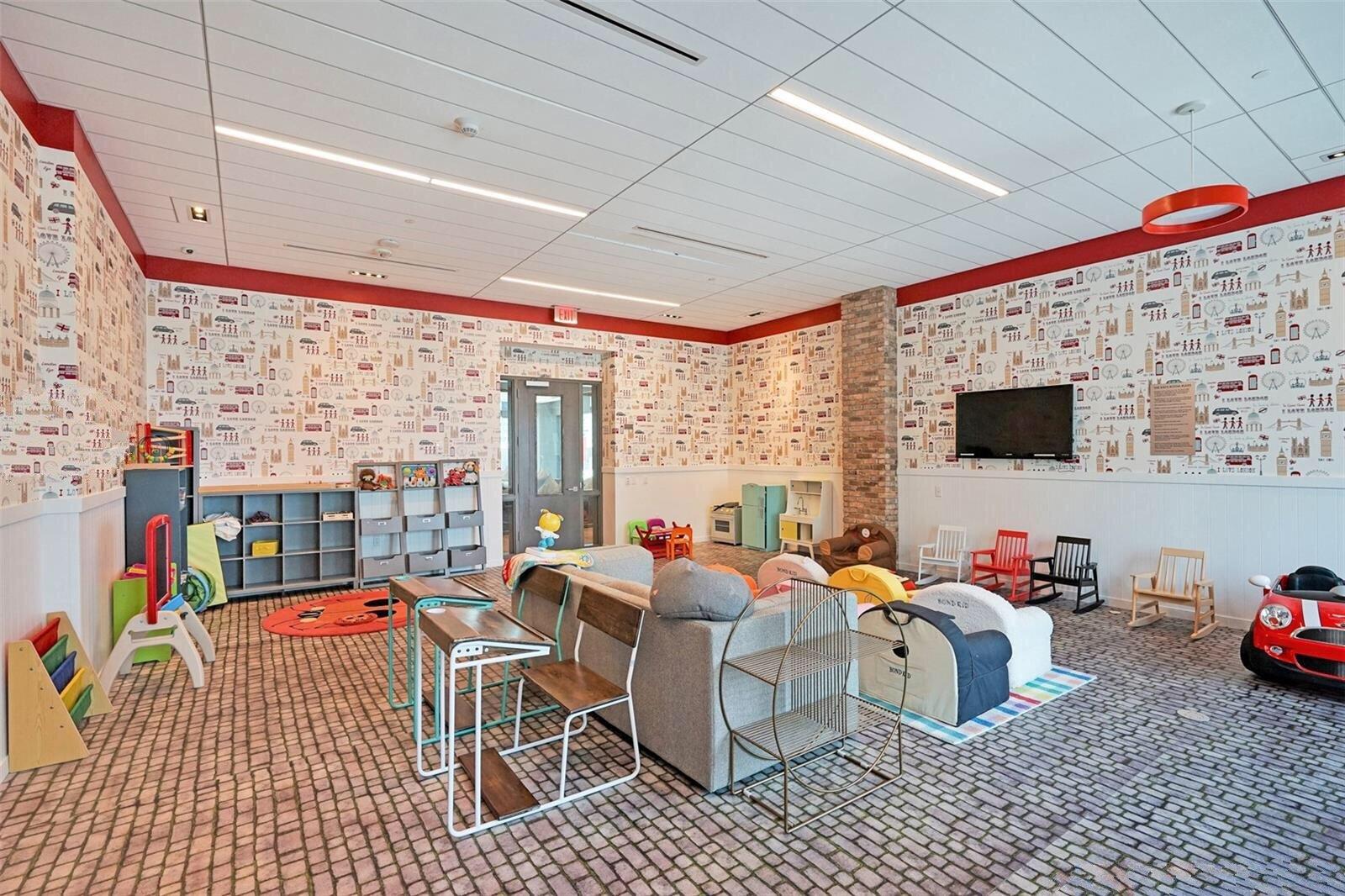 playroom-the-bond-on-brickell_lipstickandchicspaces.com.jpg