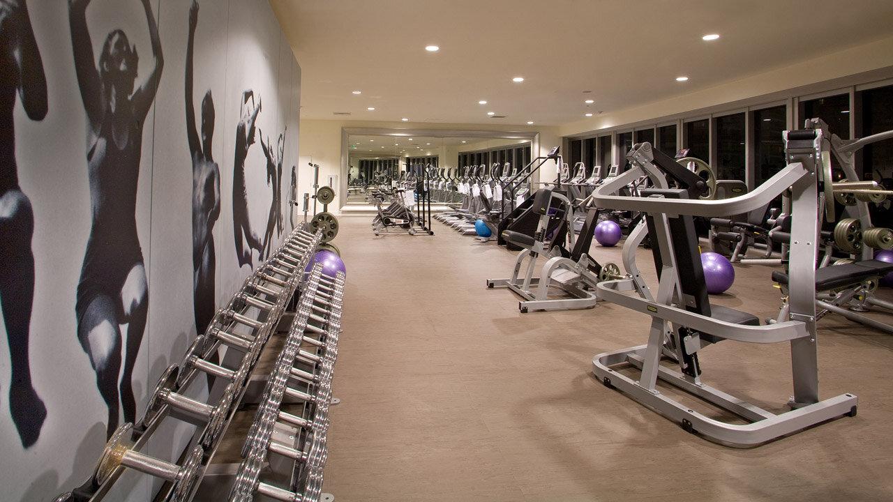 gym-icon-brickell_lipstickandchicspaces.com.jpg