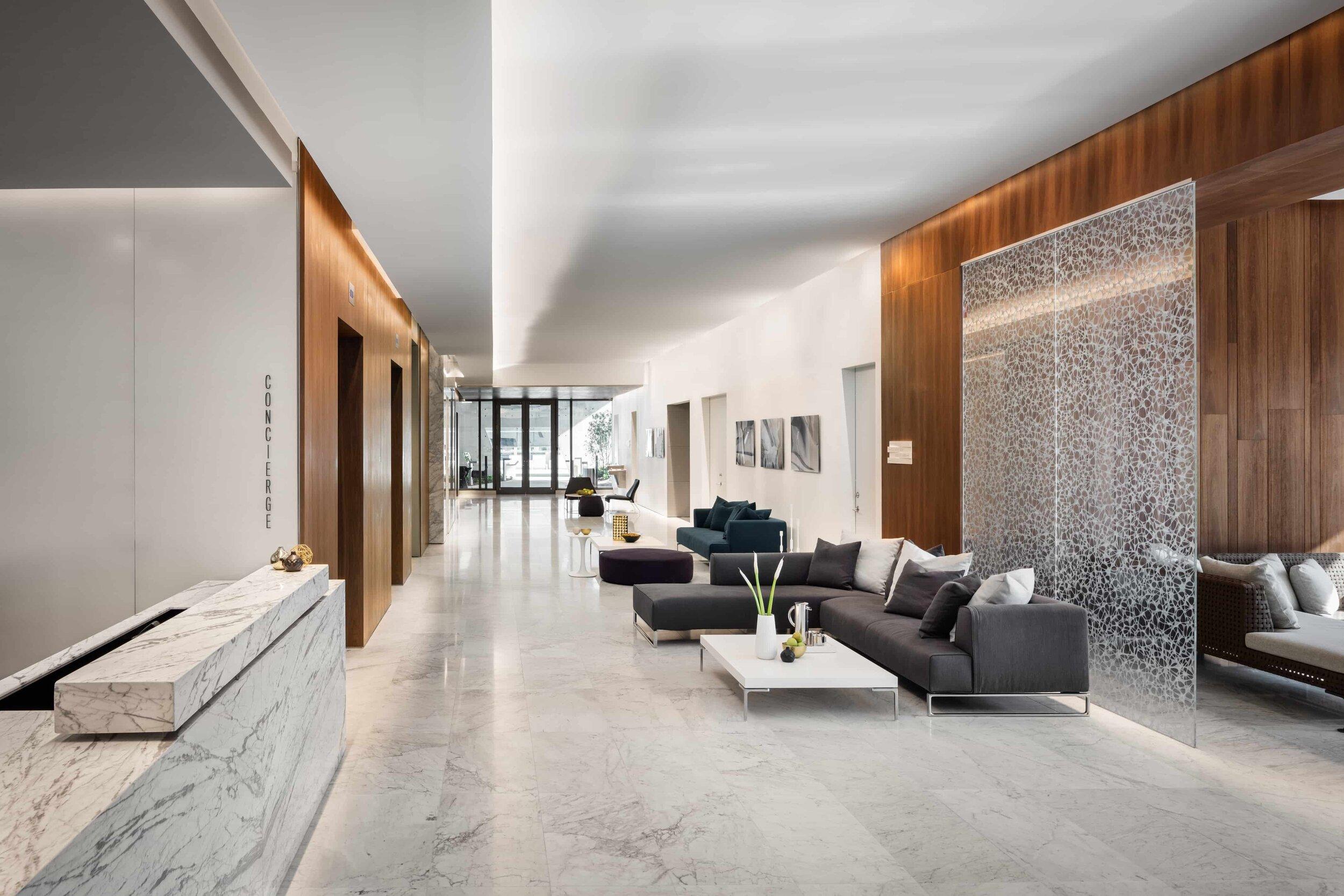 lounge-reach-rise-brickell-city-centre_lipstickandchicspaces.com.jpg