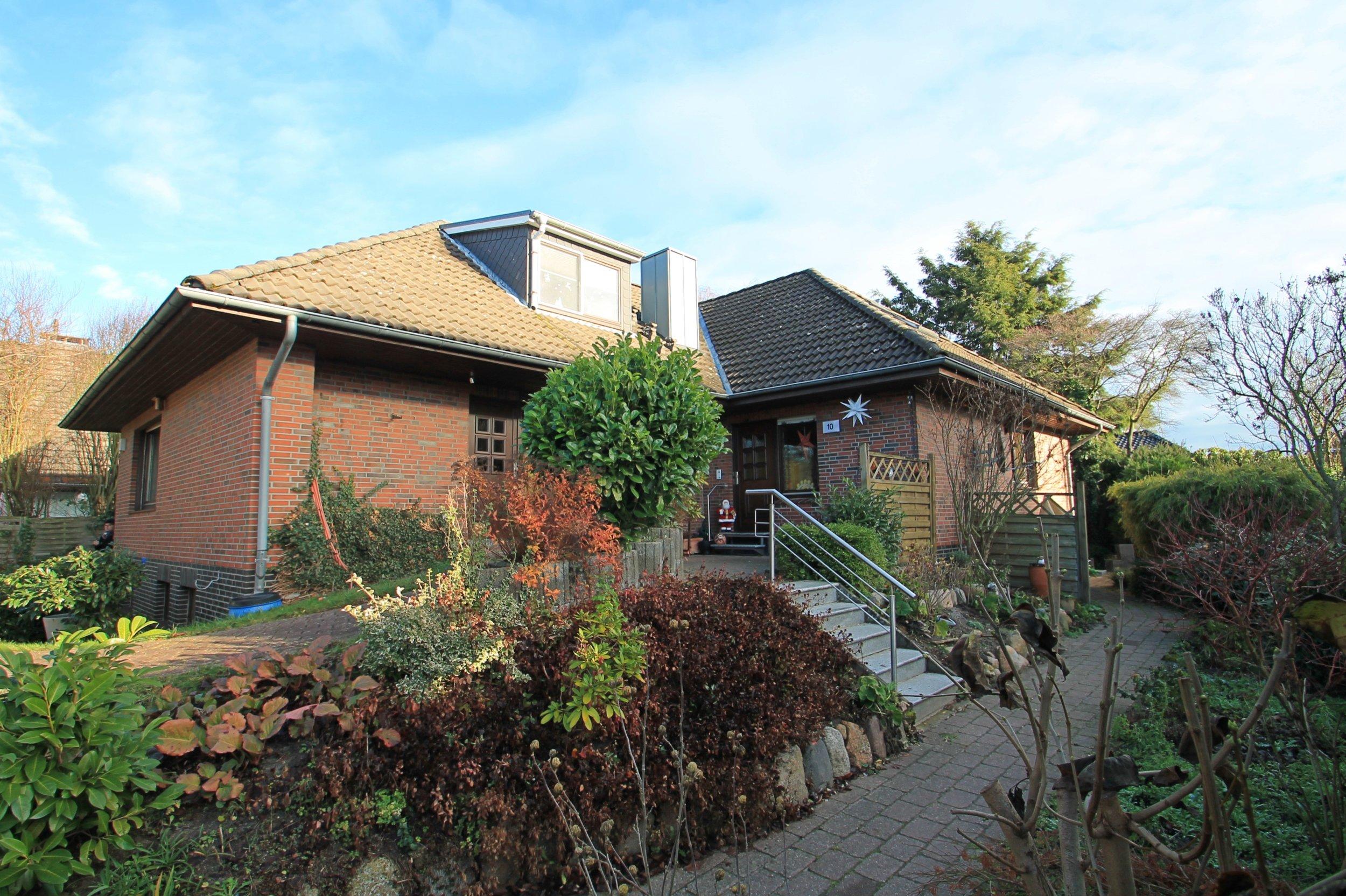 Dachgeschosswohnung - HH-Nettelnburg