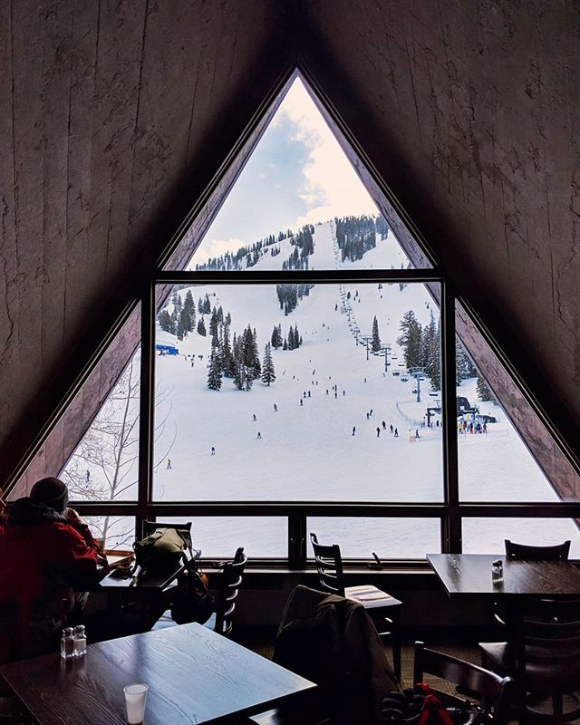 Lunch with a view ⛷️#beutahful