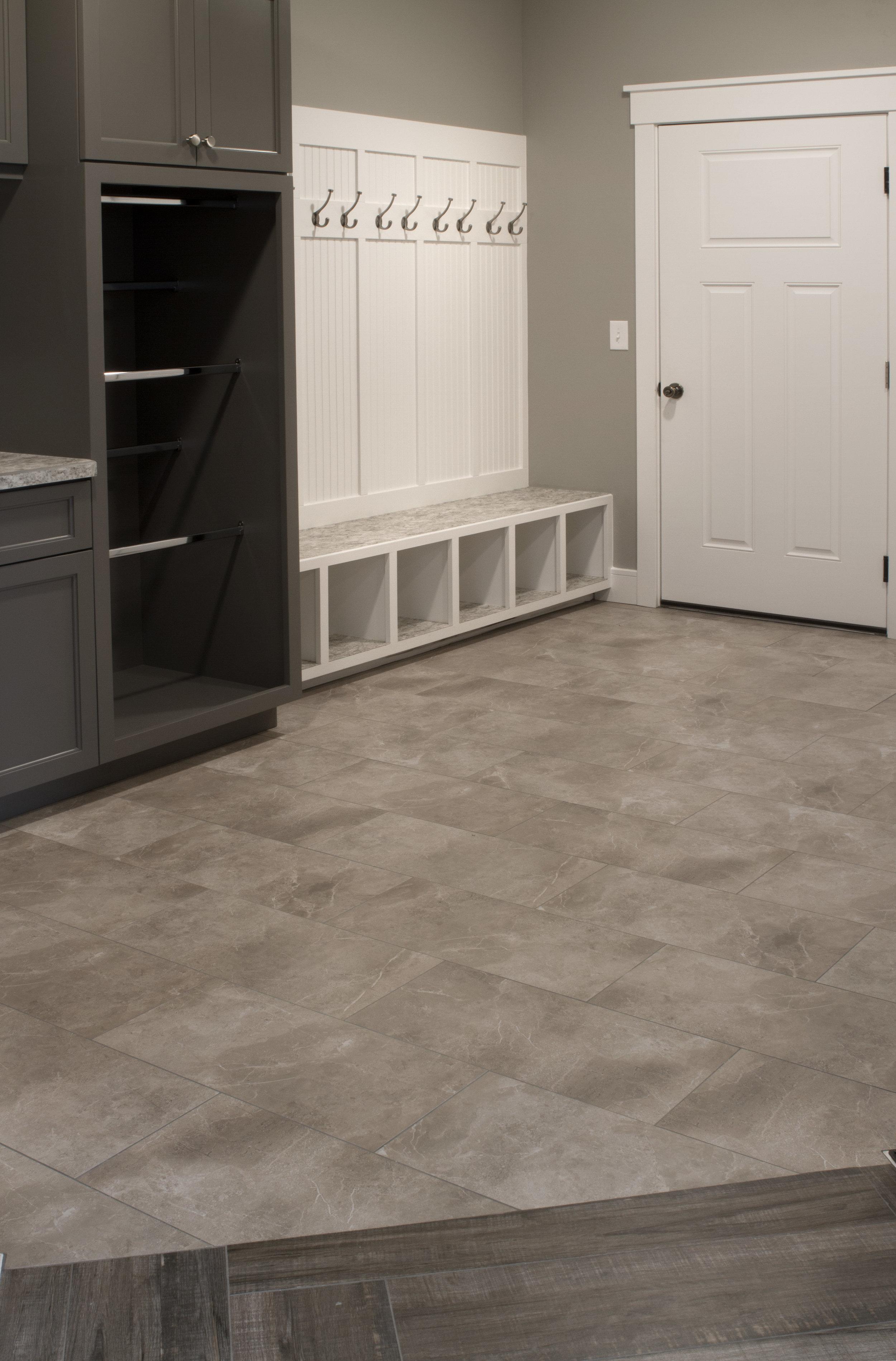 Rear Entry / Laundry Room Tile Floor