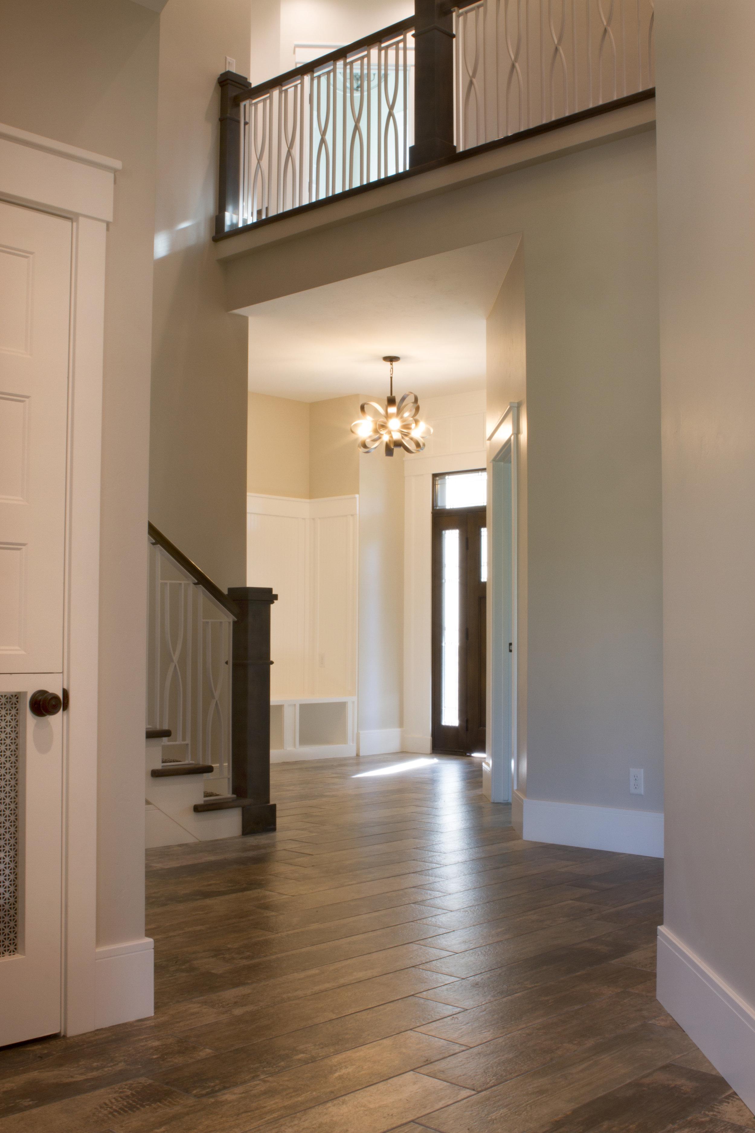 Entryway Wood Pattern Tile