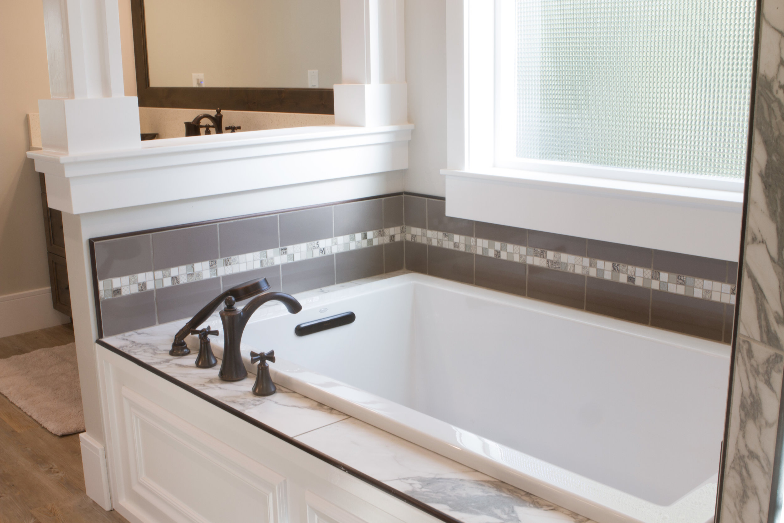 Master Bathroom Marble Tub Tile