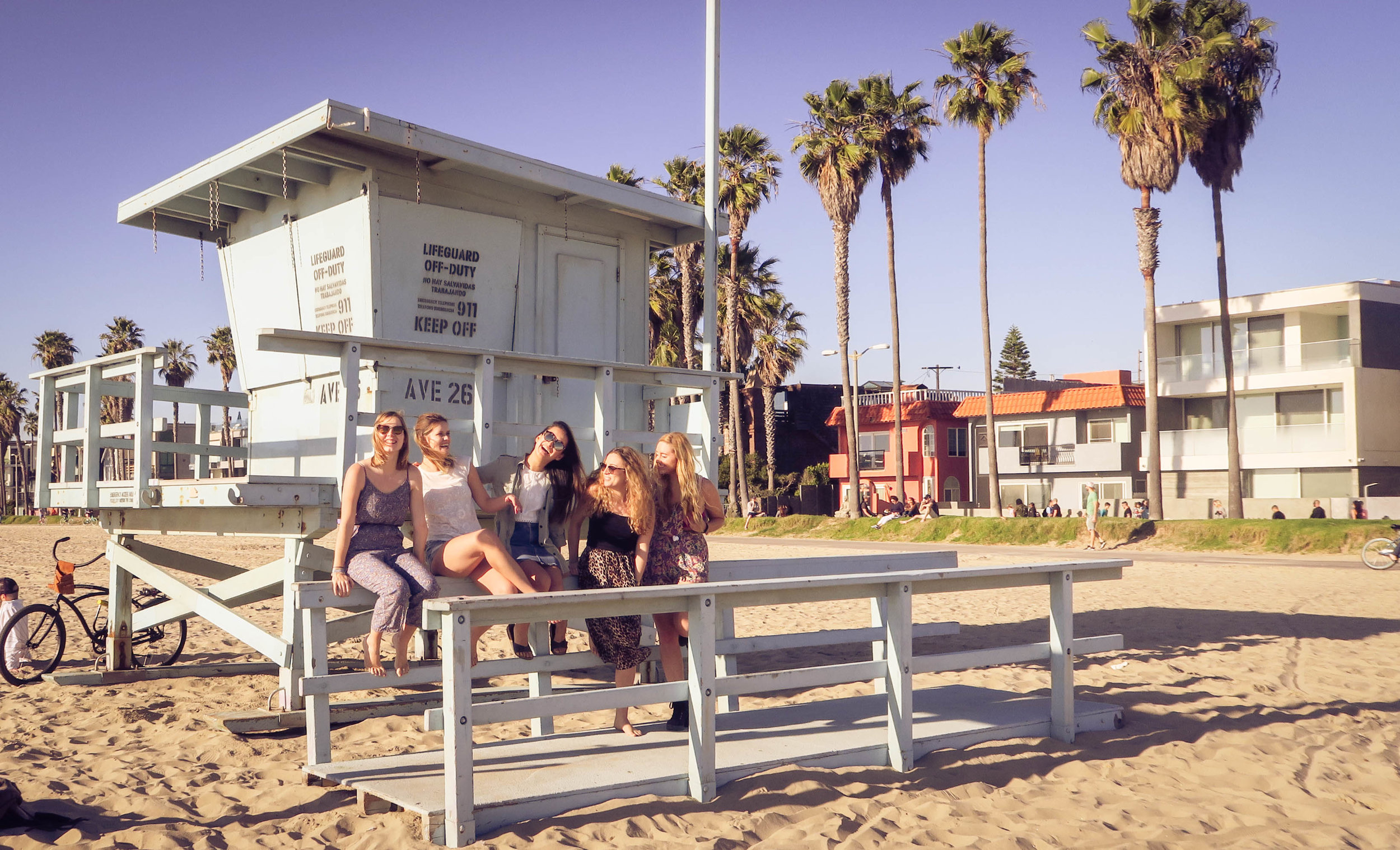 Typical LA Beach photo - Where are the lifeguards?
