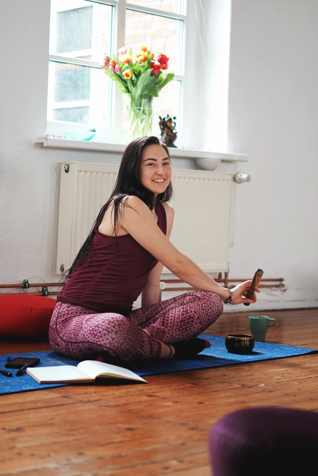 Maddie - a Vegan, English Yoga & Mindfulness Teacher in Hamburg