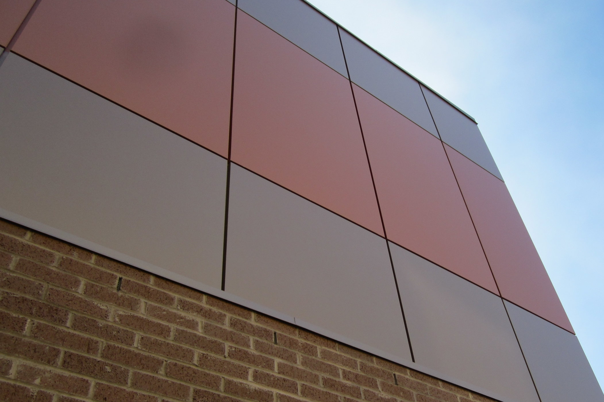 ACM SERIES SYSTEM - ALUMINUM COMPOSITE PANEL SYSTEMSACM Series panels allow for larger surface area coverage than aluminum panels and can be lightweight. ACM panels offer excellent weather resistance and a very long lifespan.