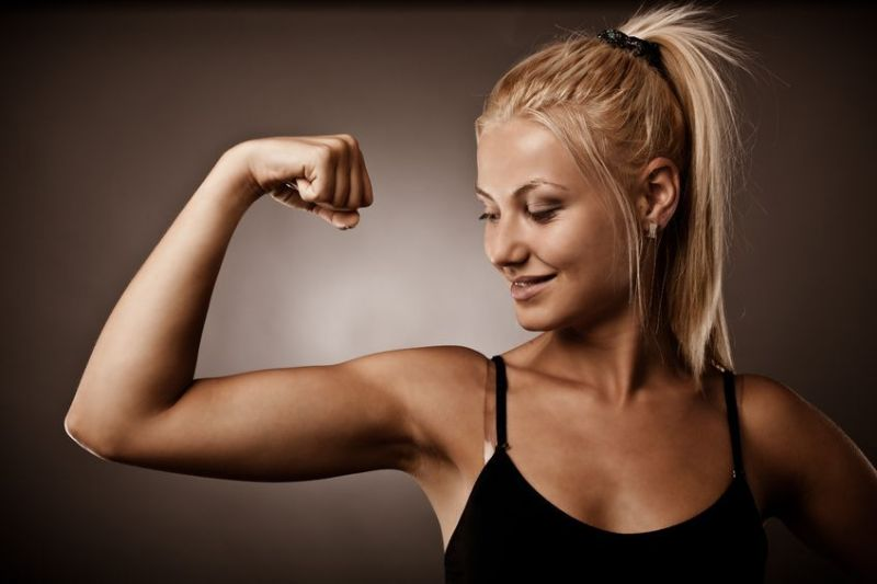 Click The Link For The Full Article:   https://www.guzzofitness.com/blog/2019/2/25/7-best-arm-exercises-for-women .