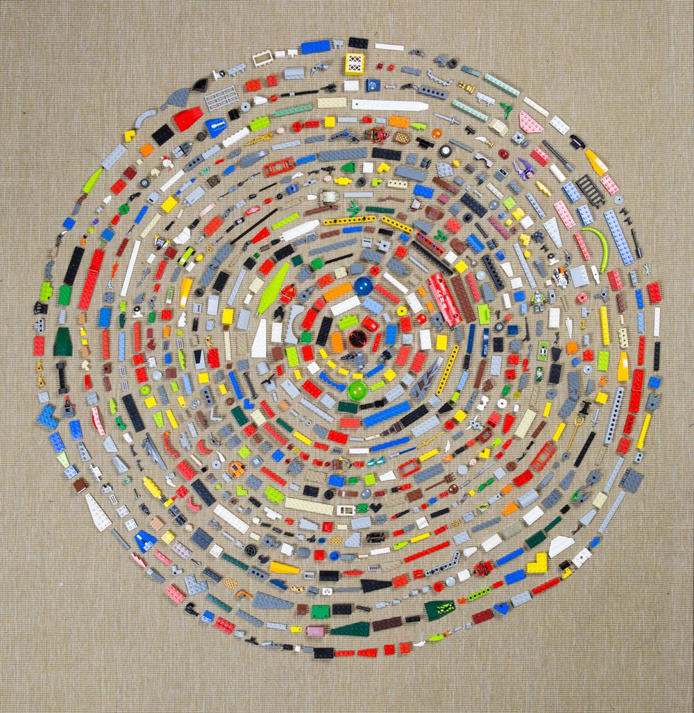 Hillerbrand+Magsamen-Mandala-Legos 1.jpg