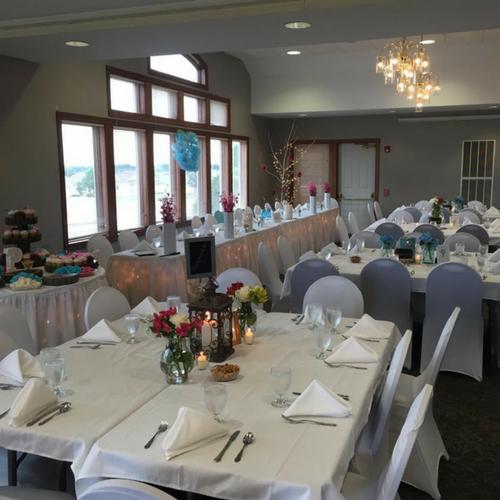 wedding-food-cedar-falls-head-table.png