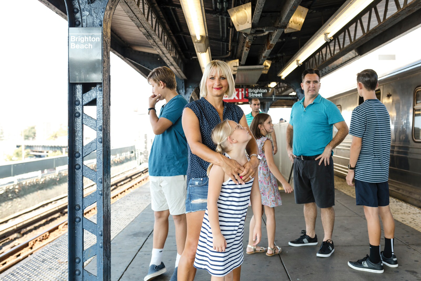 family-session-coney-island-subway