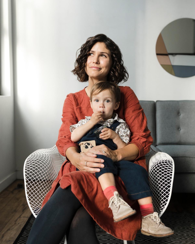 motherhood-mini-sessions-brooklyn-photographer-007.jpg