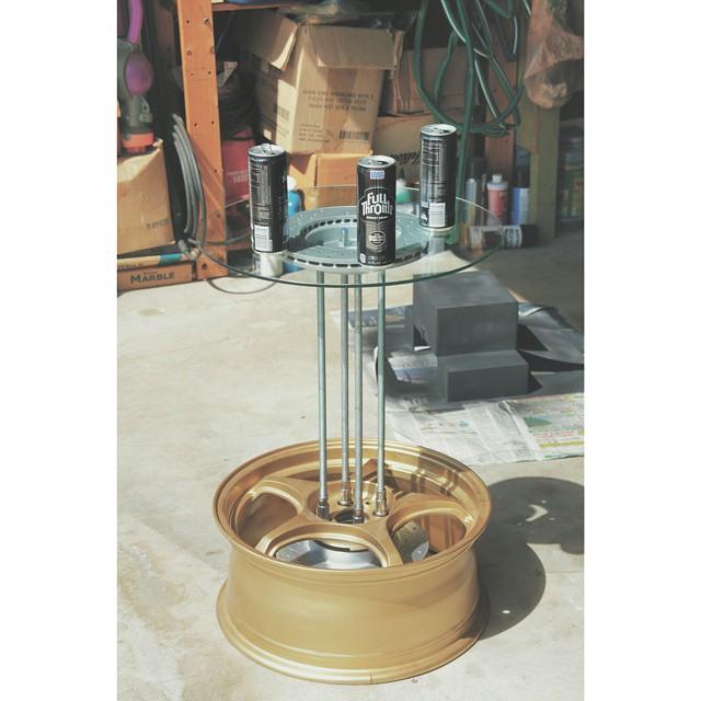 Automotive_Furniture_Wheel_Table.jpg