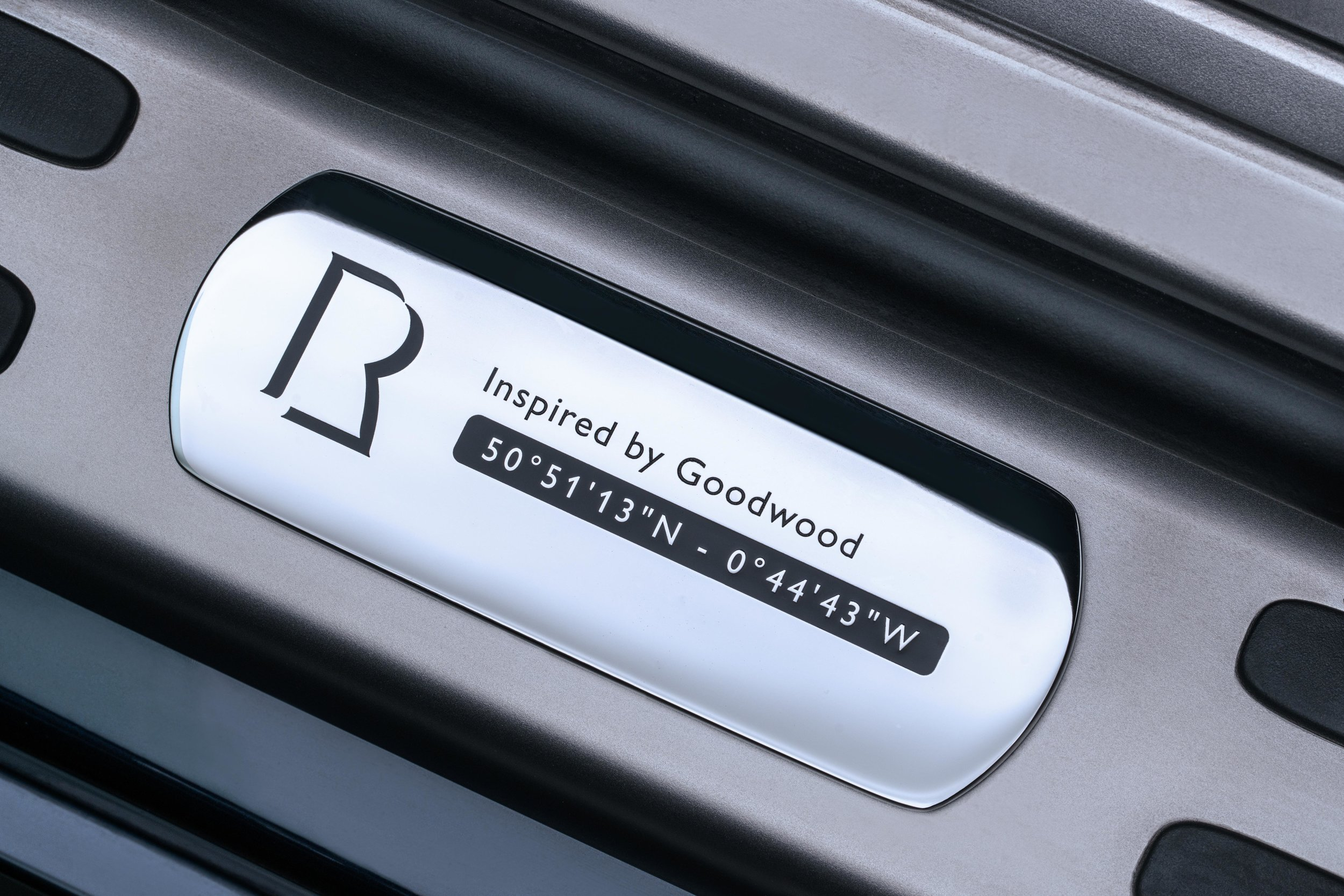The handpainted feature line that reminds the driver of the locality of the Home of Rolls-Royce.