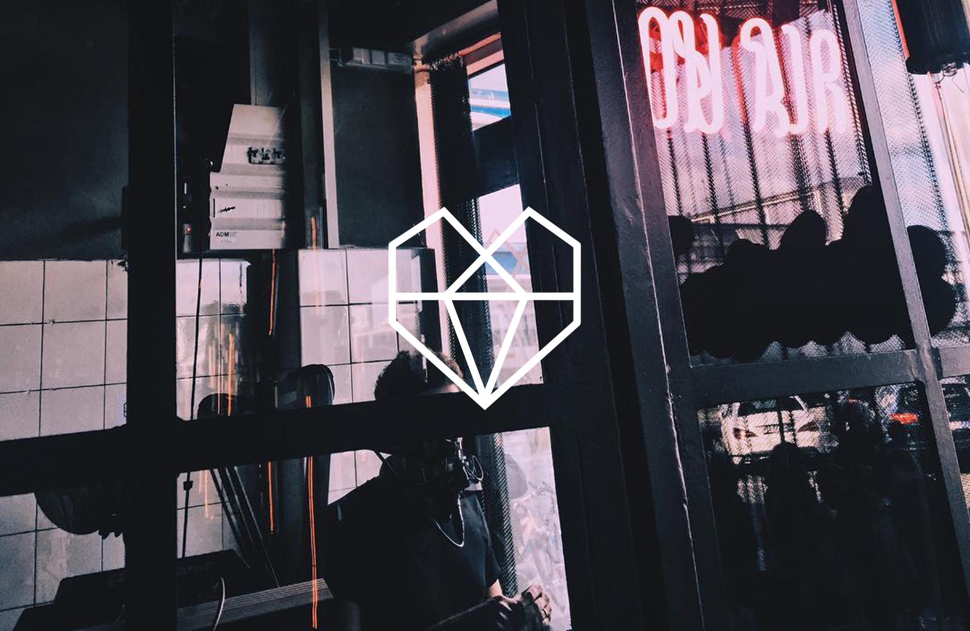 Fuhr_Studio_Brand_Identitet_Heartbeats_Case_02.png