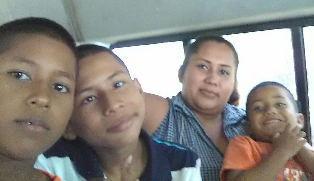 Candida+Tevas+Familia.jpg