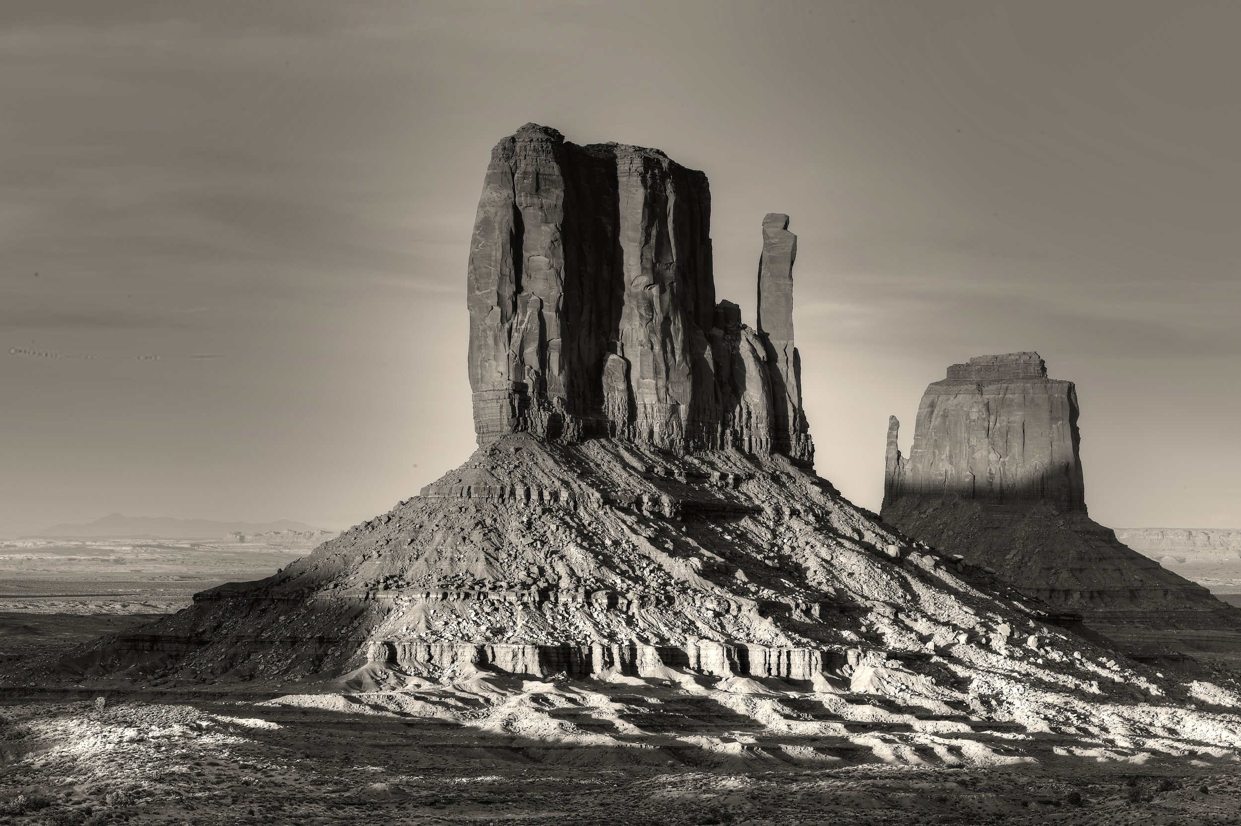 Monument Valley_tonemapped.jpg