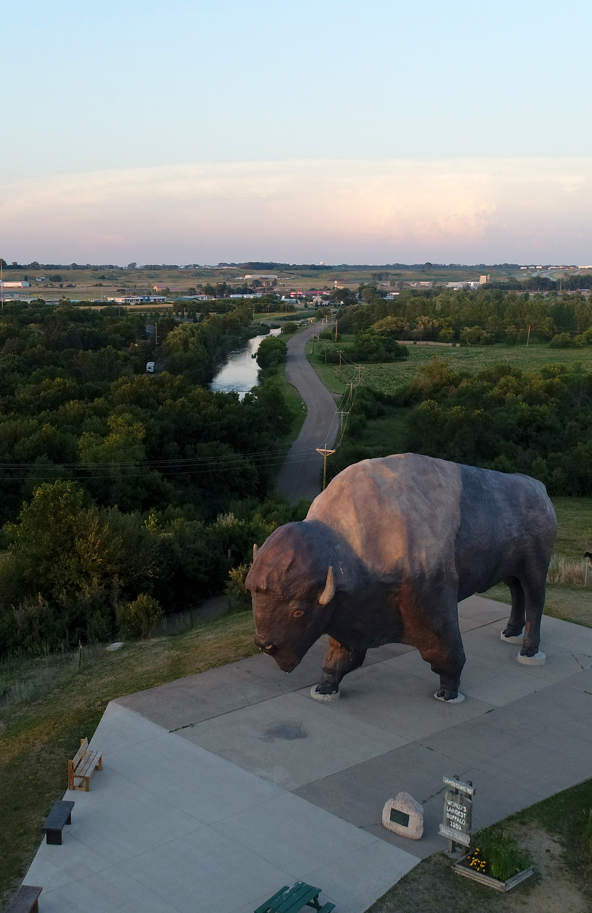 The World's Largest Buffalo with the James River flowing behind it.