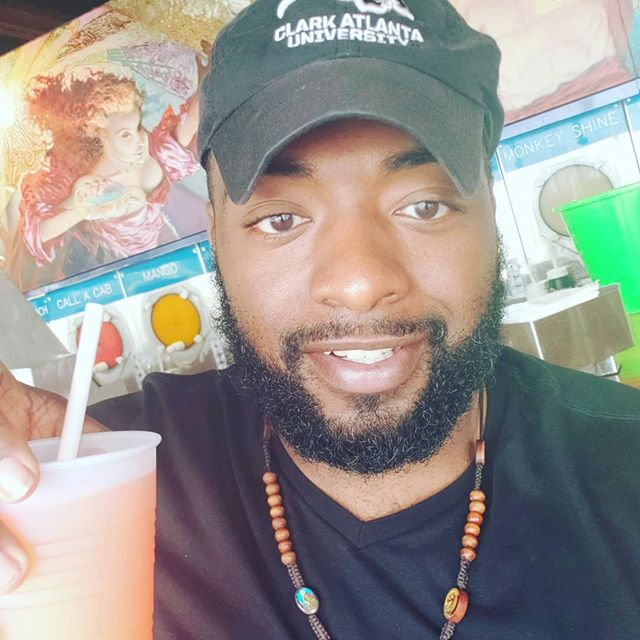 When life strands you in Miami....just go to Wet Willie's! 🤷♂️ #OhWell #VacationContinues #MoeOnTheMove #WetWillies #AttitudeImprovement