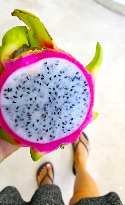 Isn't this dragon fruit beautiful??! And there are NO artificial colors.