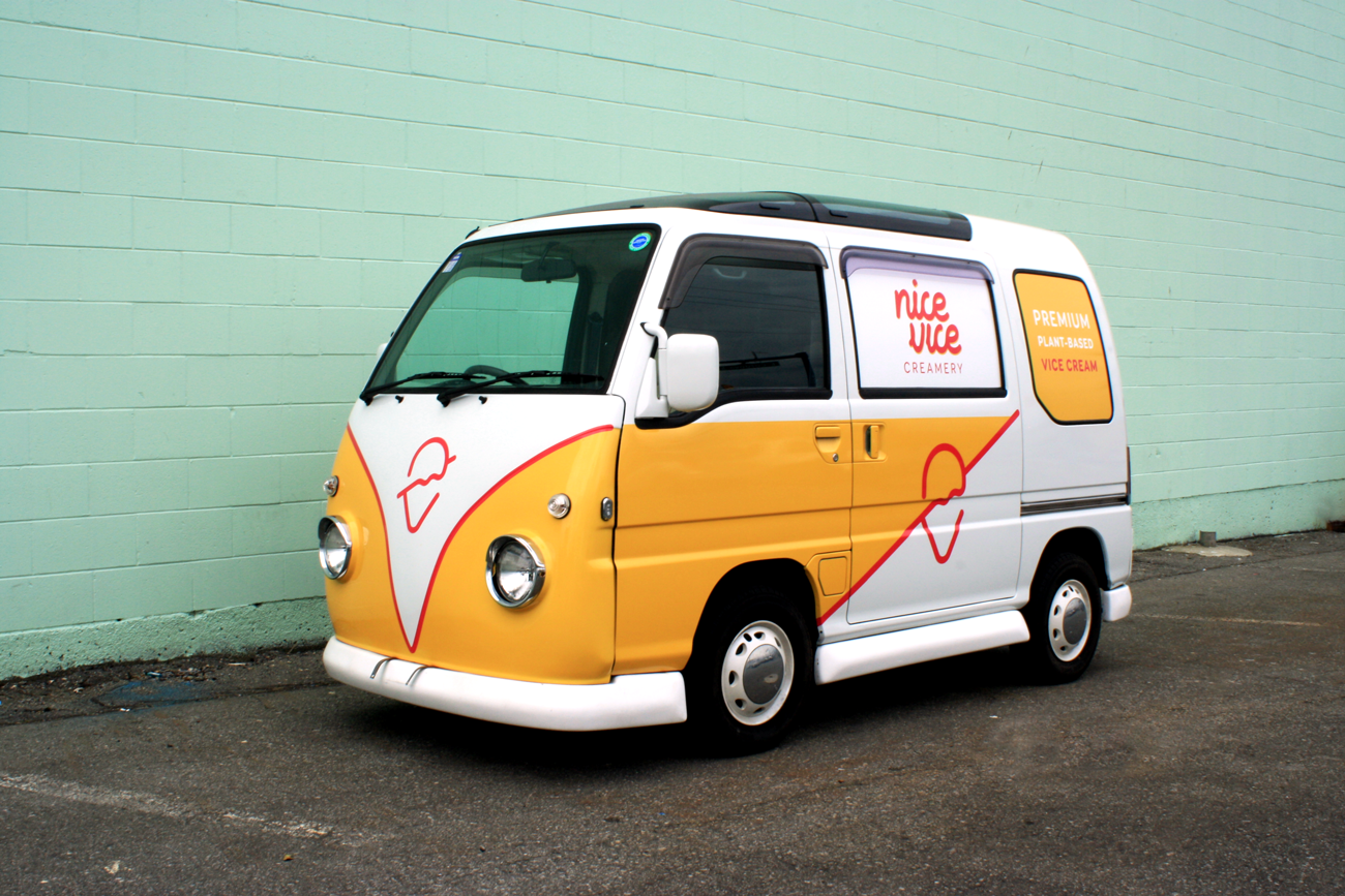 studiobup-nicevicecreamery-van.png