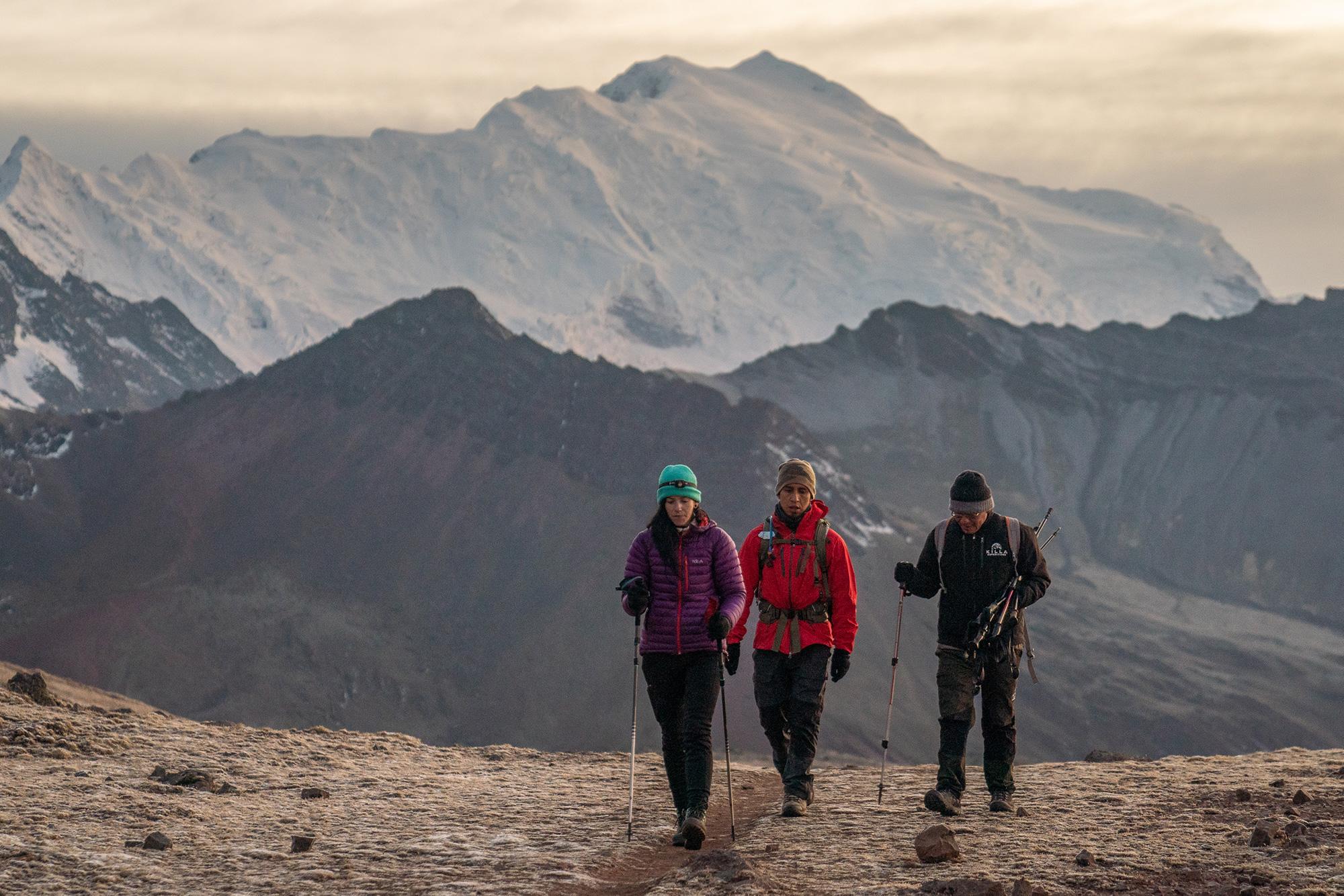 Warmisaya Pass to Rainbow Mountain featuring Ausangate ©  Nate Luebbe