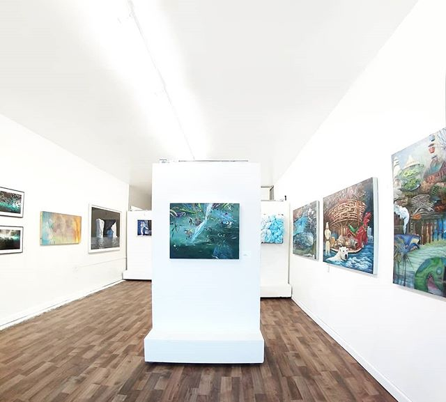 "Currently on view 👀 Okeanos🌊 a group exhibition featuring works by Luciana Abait, Lori Goldberg, Bryan Ida, Oskar Landi, Krista Machovina, Peter Matthews, Adon Newman, Samantha Schwann, and Cory Sewelson. Curated by Bea Lamar, the exhibit addresses pollution, and the global extinction facing our environment, focusing on our oceans and bodies of water. The artworks shift from celebrations of our oceans and its inhabitants, to studies of threats currently plaguing our oceans and the current issues facing the health of our oceans. ""Ōkeanós"" will be on view until July 28th. #climatechange #oceans #sealevel #art #climatechangeart #losangeles"