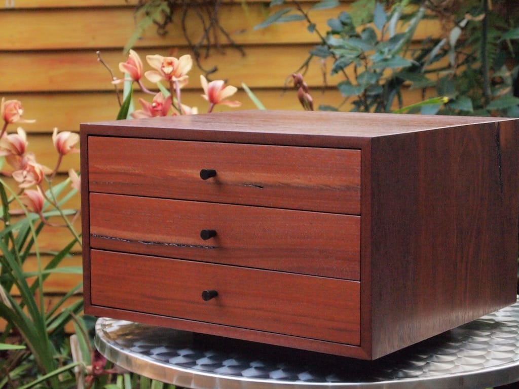 Jarrah jewellery box1.jpg