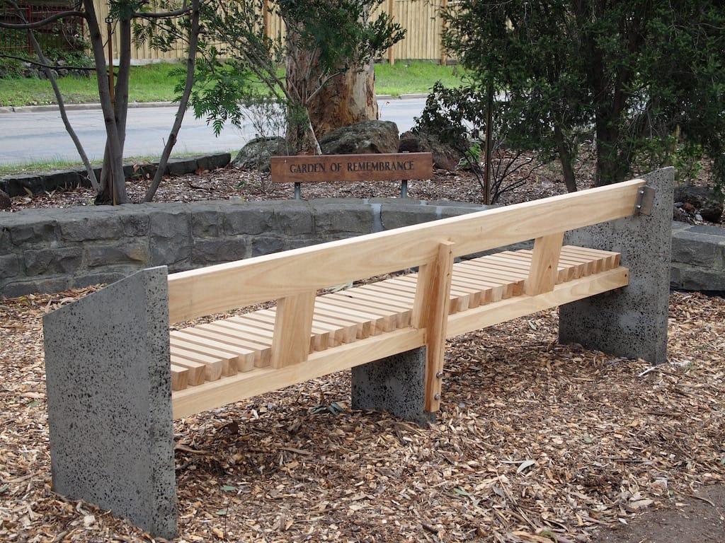 Mt Eliza bench installed2 small.jpg