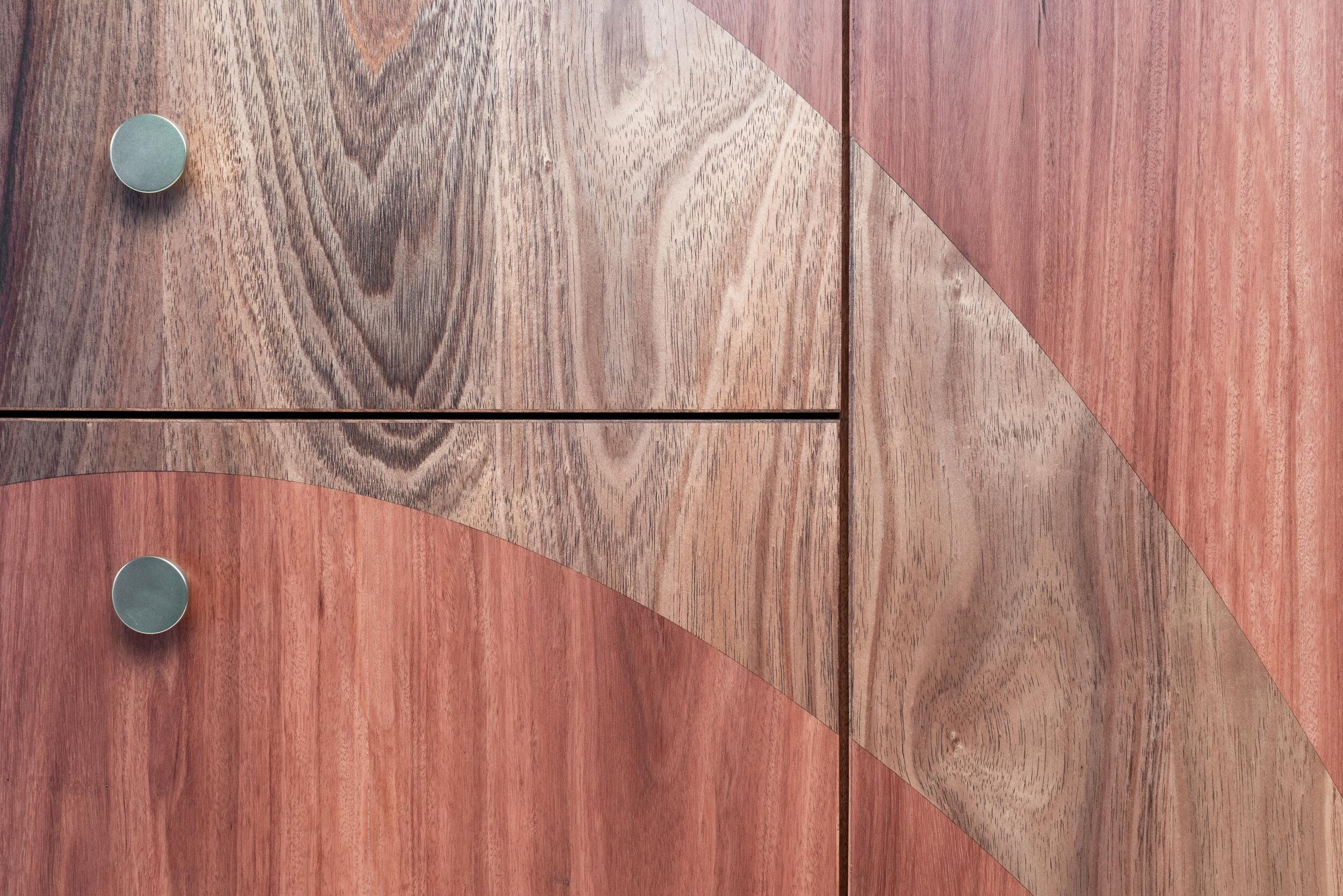 Curved sideboard4.jpg