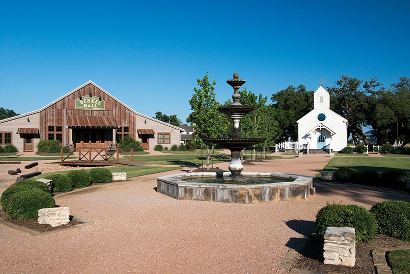 Round Top, TX - Great shopping, eats & drinks just minutes from New Ulm. Don't let Round Top's size fool you. There are plenty of options for an action-packed weekend including tasty dining, eclectic shops, world class theater and musical performances, and, of course, desert! And don't forget about the antique show! Click here For more information about dining and shopping, check Yelp! or the Round Top Area Chamber of Commerce website. www.roundtop.org